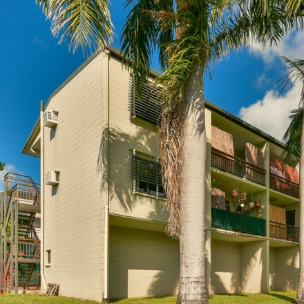 Rent this 1 bed house on 4/167 Shute Harbour Road