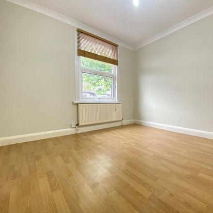 Rent this 1 bed apartment on 46 Chingford Road in London E17 4PW, United Kingdom