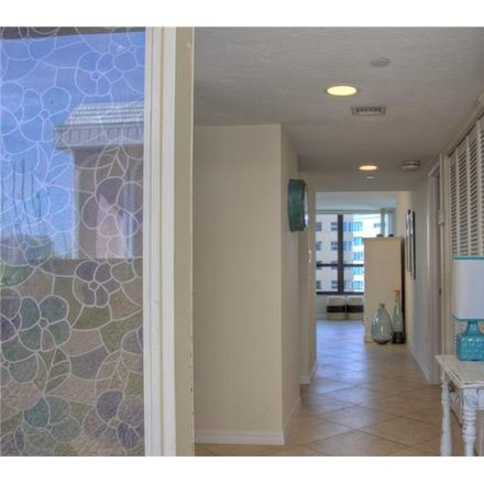 Rent this 2 bed condo on 11 Sunset Drive in Sarasota, FL 34236