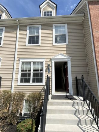 Rent this 2 bed condo on 8304 Bruntsfield Road in Columbus, OH 43235