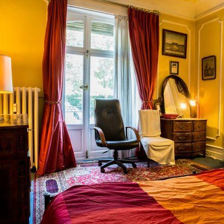 Rent this 3 bed apartment on Avenue Émile De Mot - Émile De Motlaan 17 in 1000 Ville de Bruxelles - Stad Brussel, Belgium