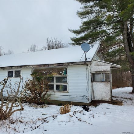 Rent this 3 bed house on 4449 State Highway 10 in Ephratah, NY 13452
