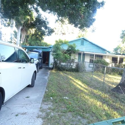 Rent this 3 bed house on Wisconsin St in Lake Worth, FL