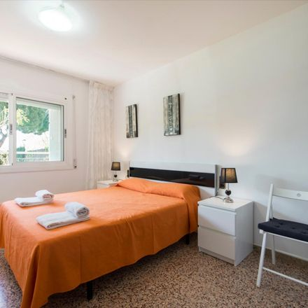 Rent this 3 bed apartment on Carrer del Turisme in 08370 Calella, Spain