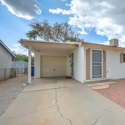Rent this 3 bed house on 1009 Maxine Street Northeast in Albuquerque, NM 87112