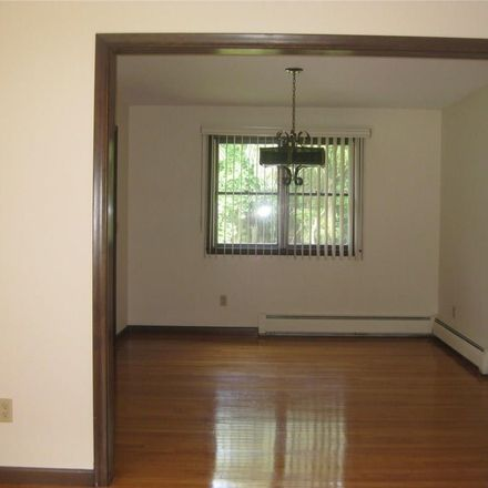 Rent this 3 bed house on 86 Adla Drive in Hamden, CT 06514