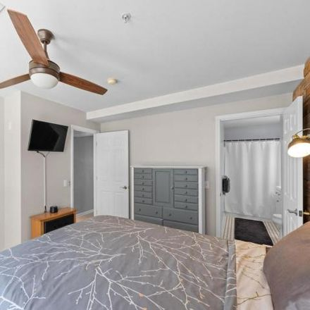 Rent this 2 bed condo on 422 North Water Street in Philadelphia, PA 19123