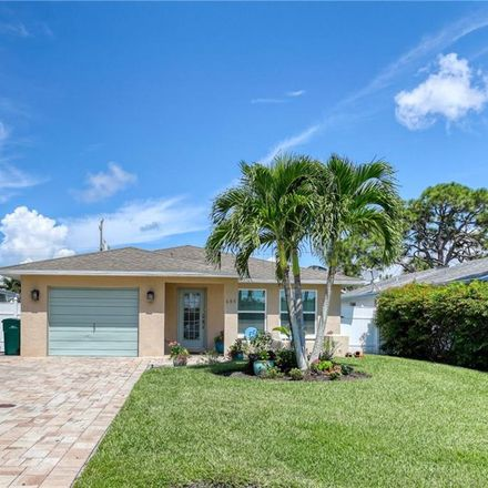 Rent this 3 bed house on 689 97th Avenue North in Naples Park, FL 34108