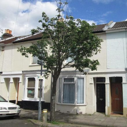 Rent this 4 bed room on Harold Road in Portsmouth PO4 0LS, United Kingdom
