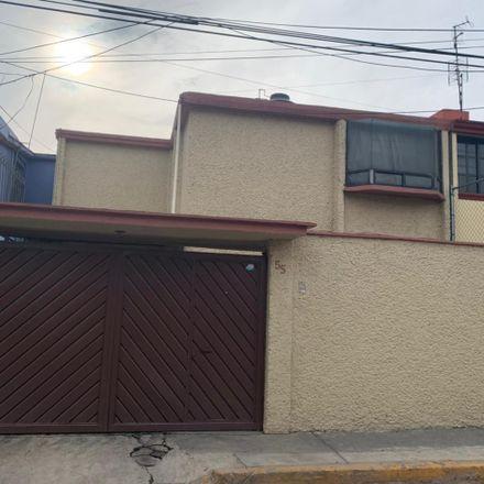 Rent this 3 bed apartment on Andador Vivero De La Hacienda 38 in Habit. Viveros del Valle, 54060 Tlalnepantla