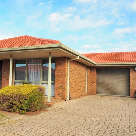 Rent this 2 bed apartment on 20/112A Mickleham Road