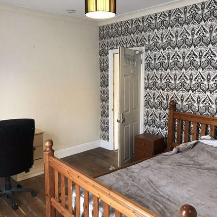 Rent this 3 bed room on Savanah Villas in Hull HU5 1QS, United Kingdom