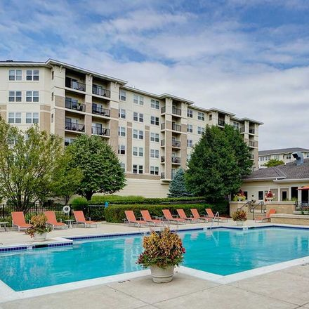 Rent this 1 bed apartment on 98 Willow Lane in Woodridge, IL 60517