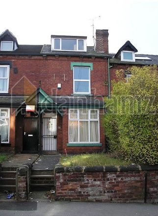 Rent this 5 bed house on Brudenell View in Leeds LS6 1HG, United Kingdom