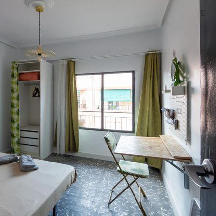 Rent this 3 bed room on Carrer d'Almiserà in 46025 Valencia, Spain