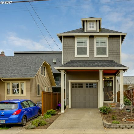 Rent this 3 bed house on 313 Northeast 74th Avenue in Portland, OR 97213