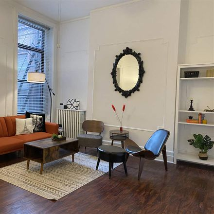 Rent this 2 bed condo on Montgomery St in Jersey City, NJ