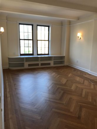 Rent this 3 bed apartment on 585 West End Avenue in New York, NY 10024