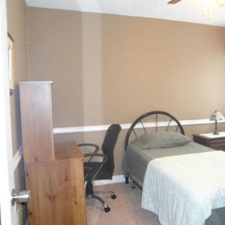 Rent this 1 bed apartment on Mississauga in Credit Pointe Village, ON