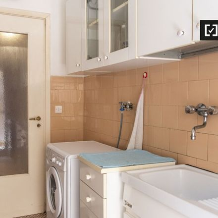 Rent this 2 bed apartment on Romeow Cat Bistrot in Via Francesco Negri, 15