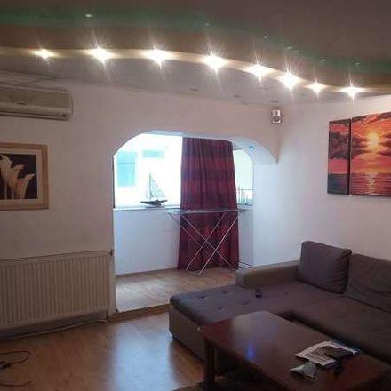 Rent this 2 bed apartment on Chemnitzstraße 47 in 22767 Hamburg, Germany