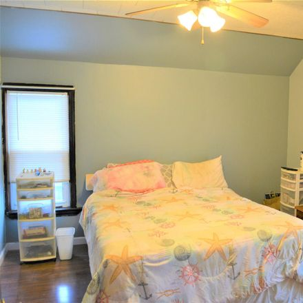 Rent this 3 bed house on 703 2nd Street in City of Watervliet, NY 12189