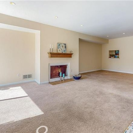 Rent this 2 bed condo on Leeward Lane in New York, NY 10464