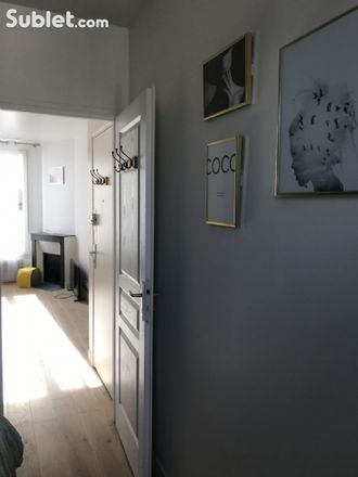 Rent this 1 bed apartment on 56 Avenue Victor Cresson in 92130 Issy-les-Moulineaux, France