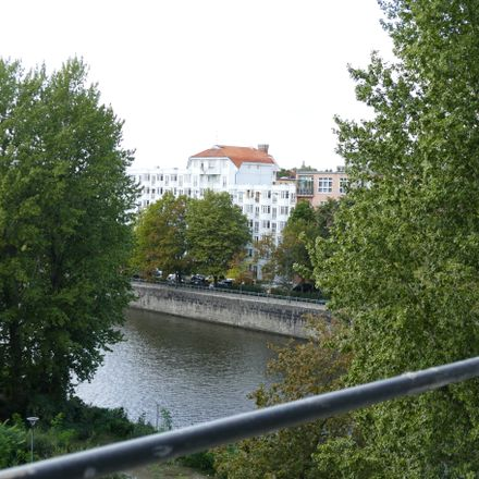 Rent this 2 bed apartment on Schleswiger Ufer in 10555 Berlin, Germany