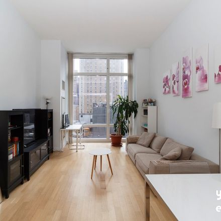 Rent this 1 bed condo on Pret A Manger in 247 West 46th Street, New York