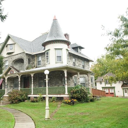 Rent this 2 bed apartment on 192 North Lansdowne Avenue in Lansdowne, PA 19050