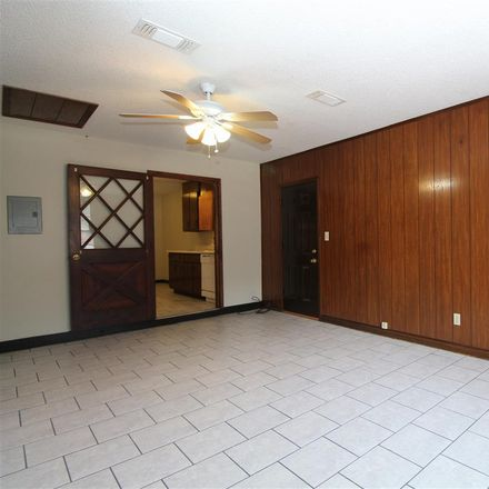 Rent this 3 bed apartment on 6498 Colonial Drive in Milton, FL 32570