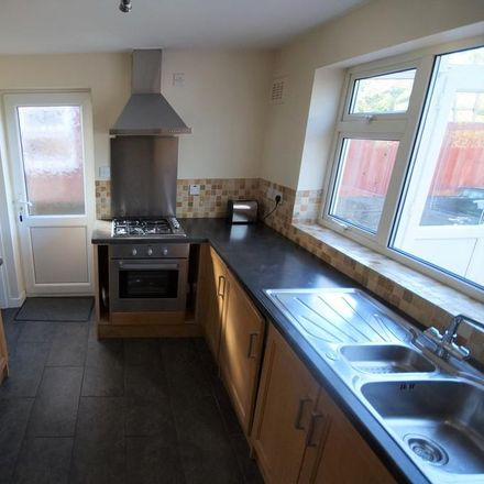 Rent this 3 bed house on Wood Hill Rise in Coventry CV6 6GW, United Kingdom