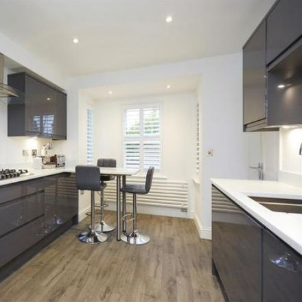 Rent this 4 bed house on St Michael's CofE Primary School in Sunninghill, School Road