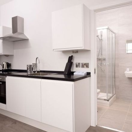 Rent this 3 bed apartment on Glassford Street / Trongate in Glassford Street, Glasgow G1 1UG