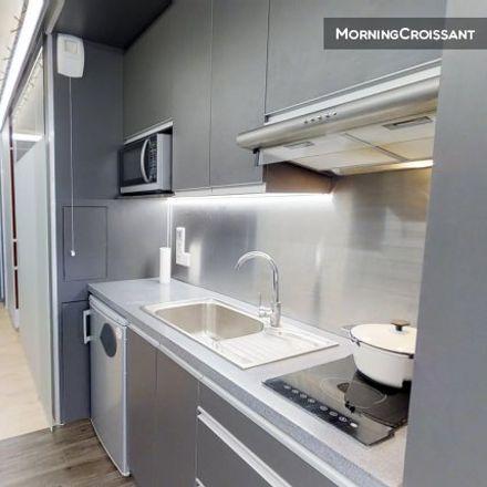 Rent this 0 bed room on 1 Rue du Docteur Bienfait in 51100 Reims, France