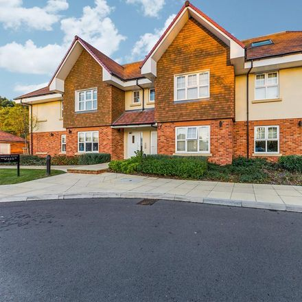 Rent this 2 bed apartment on Broadbridge Park Care Home in Chantry Court, Horsham RH12 3XY