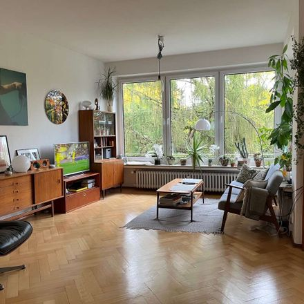 Rent this 3 bed apartment on 53129 Bonn