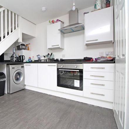Rent this 1 bed house on New Park Terrace in Hawthorn CF37 1TH, United Kingdom