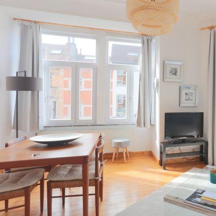 Rent this 1 bed apartment on Avenue Charles Thielemans - Charles Thielemanslaan 33 in 1150 Woluwe-Saint-Pierre - Sint-Pieters-Woluwe, Belgium
