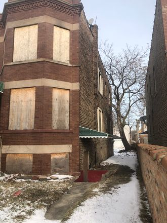 Rent this 8 bed duplex on 854 East 88th Street in Chicago, IL 60619