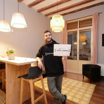 Rent this 2 bed apartment on Via Laietana in 6, 08002 Barcelona