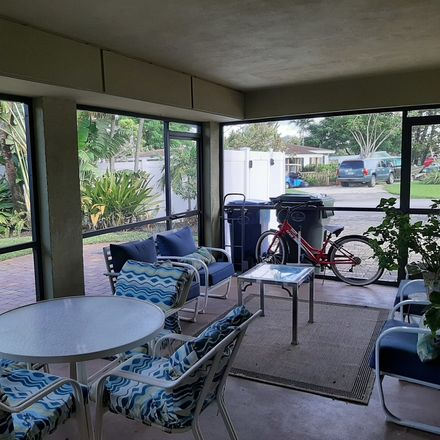 Rent this 1 bed house on Oakland Park in FL, US