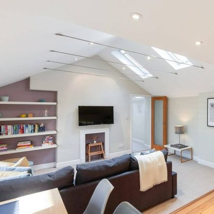 Rent this 1 bed apartment on Kingdom Hall of Jehovah's Witnesses in 11 Monmouth Road, London W2 4UU