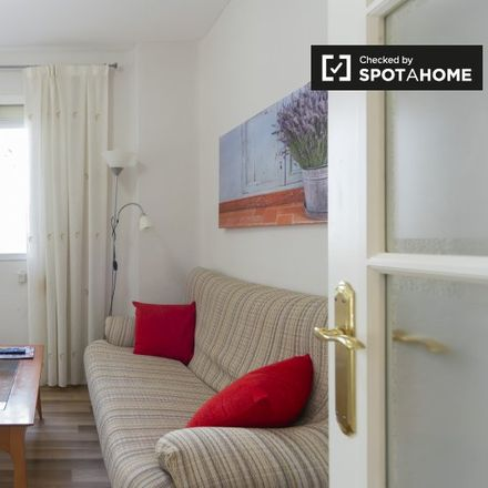 Rent this 2 bed apartment on Calle Pontevedra in 28001 Madrid, Spain