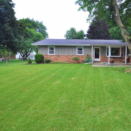 Rent this 3 bed house on Leland Avenue in South Bend, IN 46616
