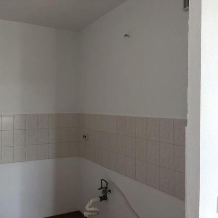 Rent this 2 bed apartment on Integrations-Kindertagesstätte Sonnenblume in Willi-Budich-Straße, 03044 Cottbus - Chóśebuz