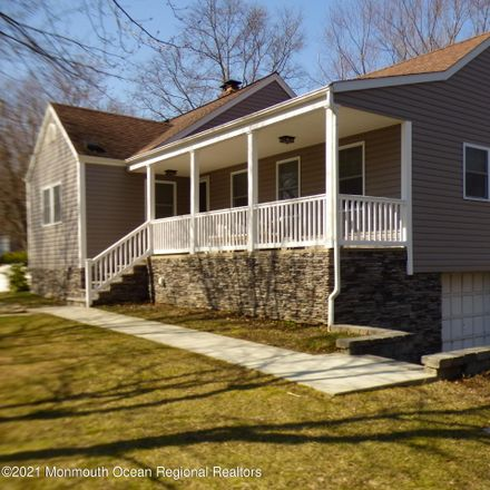 Rent this 4 bed house on 28 Weston Place in Eatontown, NJ 07724