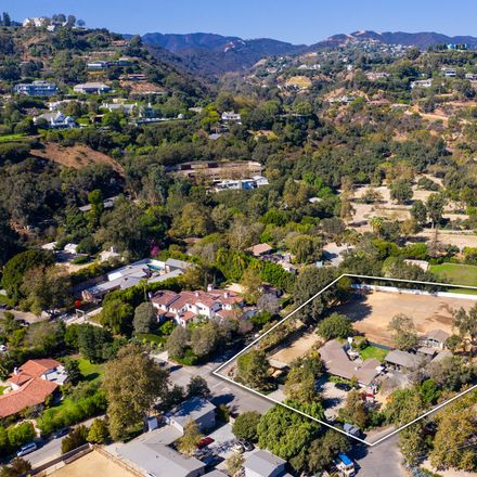 Rent this 3 bed house on 13181 Riviera Ranch Road in Los Angeles, CA 90049