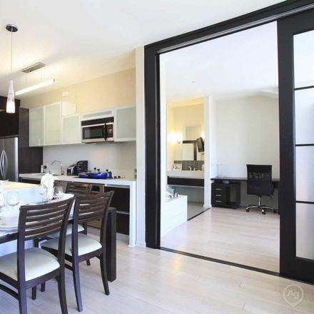 Rent this 3 bed apartment on TenTen Wilshire in Ingraham Street, Los Angeles